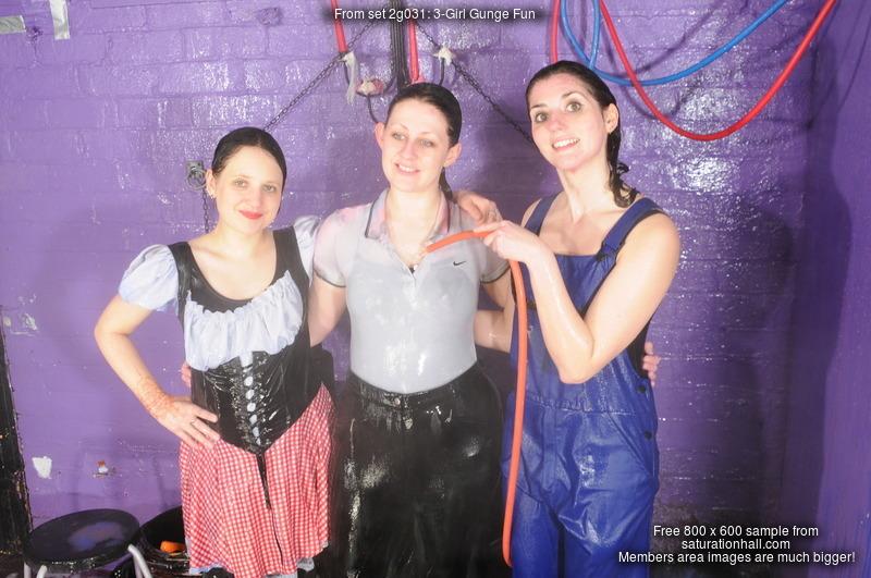 3 Girl Gunge Fun Felicity Maude And Rosemary Mess Each